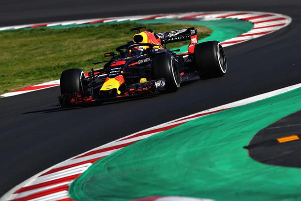 Drugi dan na vrhu Ricciardo