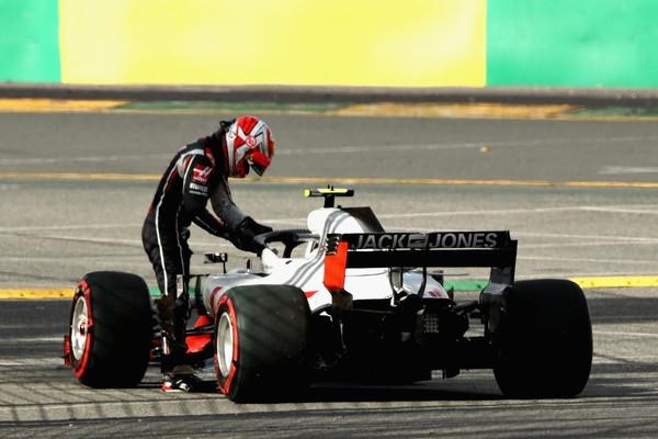Visoka kazen po dvojnem odstopu moštva Haas