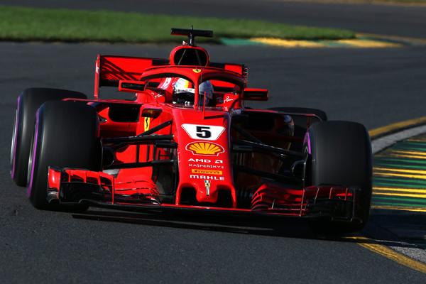 Vettel skoraj dve sekundi in pol pred tekmeci