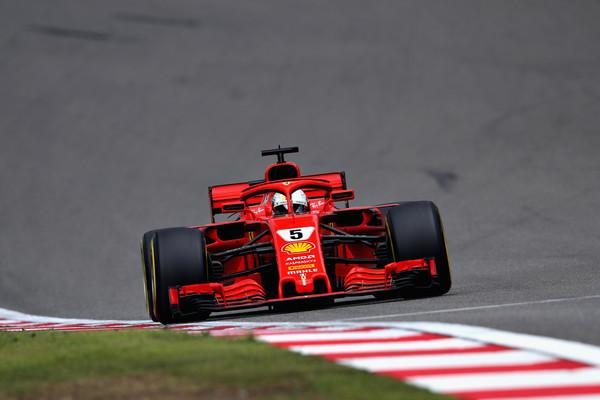 Ferrarijeva prva štartna vrsta, Vettel pred Raikkonenom