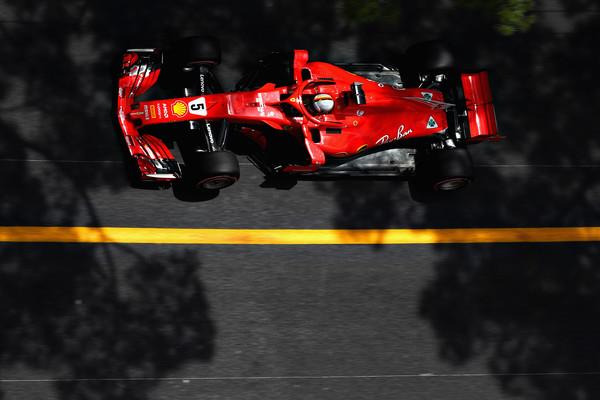 Legalnost Ferrarija: Red Bull in Mercedes zaupata komisarjem