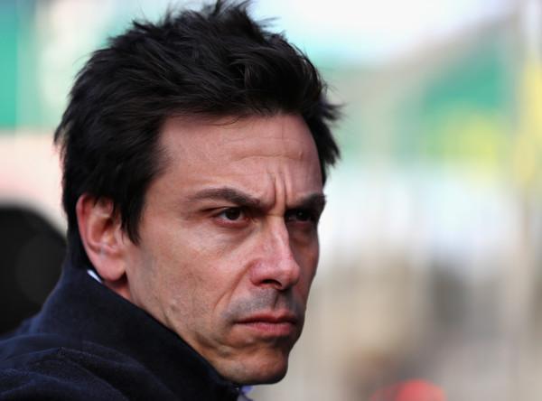 Wolff: F1 pri izbiri novih motorjev ne sme ponoviti napake izpred 11 let