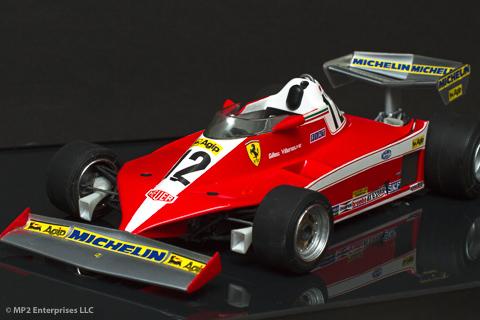 Jacques Villeneuve na paradi v očetovem dirkalniku