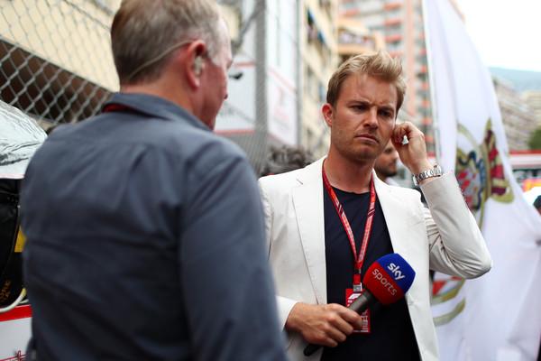 Hamilton zahteval zamenjavo Rosberga