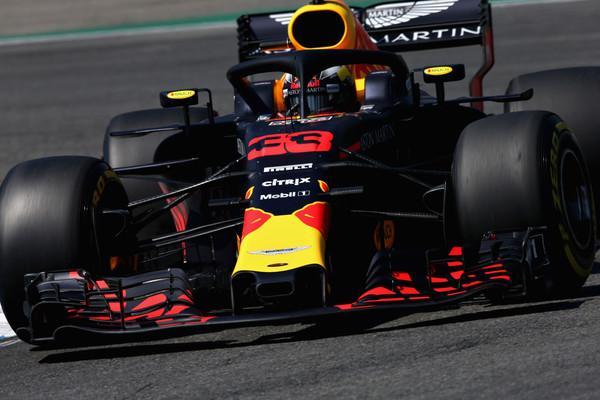 Verstappen najhitrejši na drugem treningu