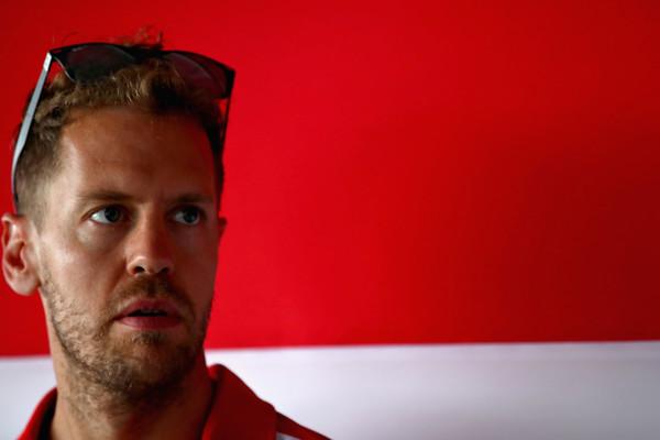 Vettel: Ferrari v dežju ni tako dober kot Mercedes