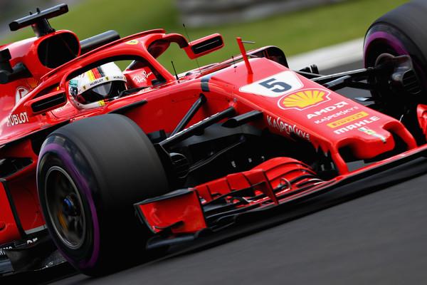 Vettel najhitrejši na drugem treningu