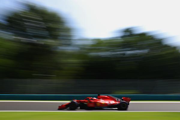 Vettel najhitrejši pred kvalifikacijami