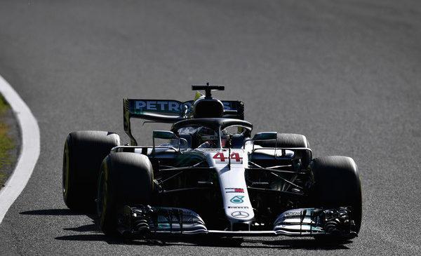 Hamilton z zmago tik pred osvojitvijo naslova