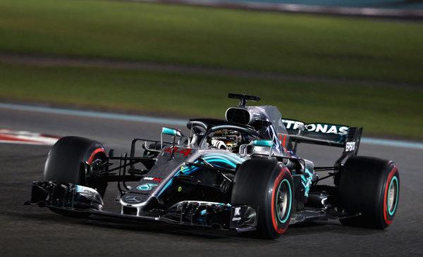 Hamilton dobil zadnjo dirko