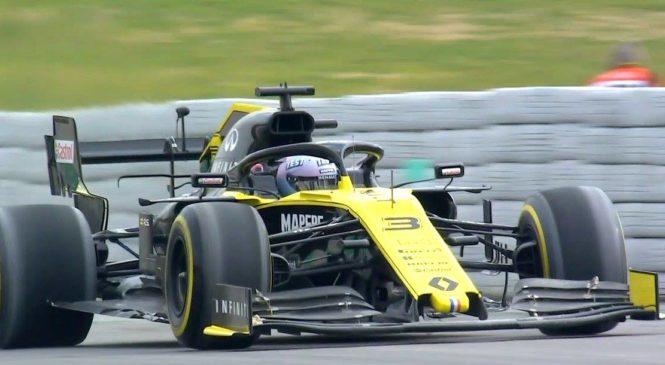 Ricciardu spektakularno odletel del zadnjega krilca