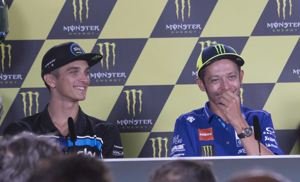 Rossijev polbrat Marini ne želi prezgodaj v MotoGP