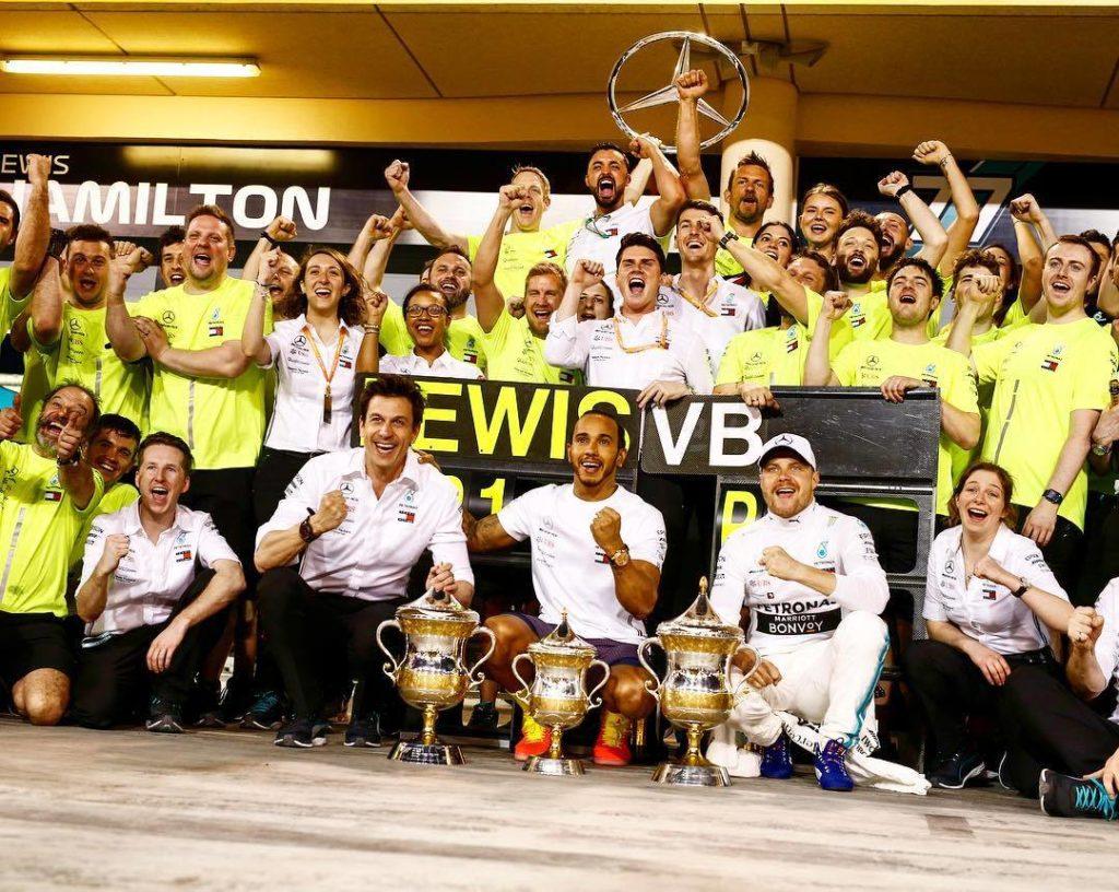 Formula 1: Mercedes opozarja, da so moštveni ukazi lahko nevarni