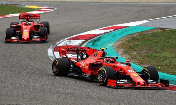 F1: Sebastian Vettel bi s pomočjo zavetrja lahko pridobil tri desetinke sekunde