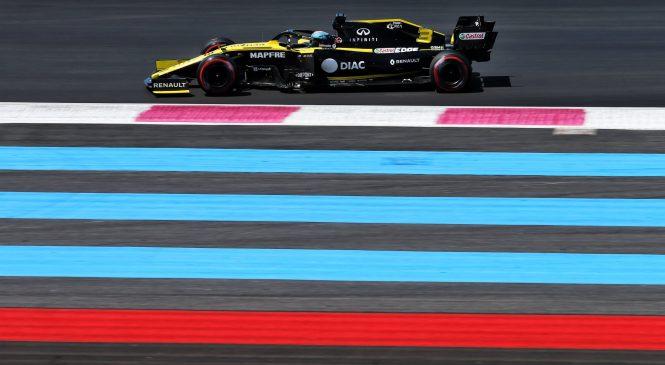 Ricciardu za noro prehitevanje v Franciji kar dve kazni