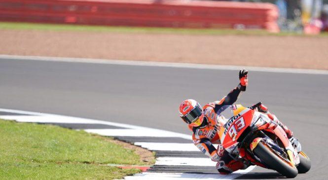 MotoGP Silverstone: Marquez zmagovalec kvalifikacij, iz prve vrste še Rossi in Miller