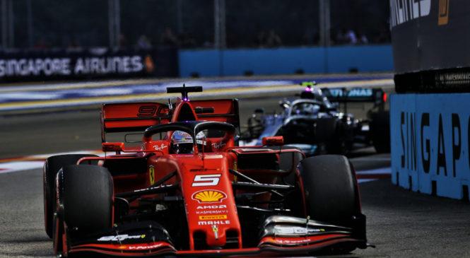 Vettel slavil v Singapurju, dvojna zmaga Ferrarija
