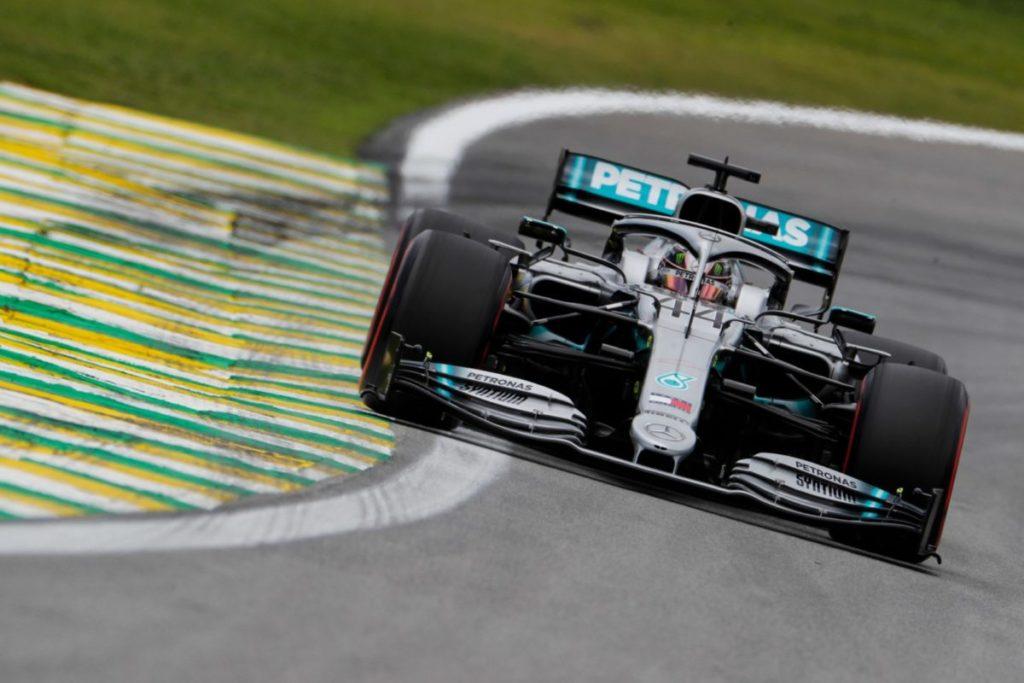 Lewis Hamilton Interlagos zapušča s sedmim mestom