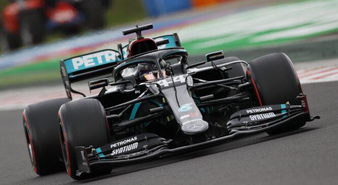 Hamilton suvereno dobil dirko na Hungaroringu