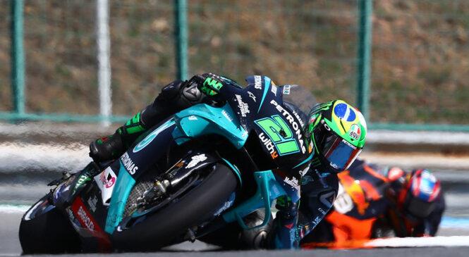 Yamahinim dirkačem zmanjkuje motorjev – Morbidelli v Brnu uporabil zadnjega!