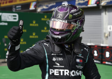 VN Toskane F1: Lewis Hamilton je zmagovalec dirke v Mugellu. V cilju le 12 dirkalnikov