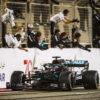 VN Bahrajna: Hamiltonovo zmago zasenčila nesreča Grosjeana