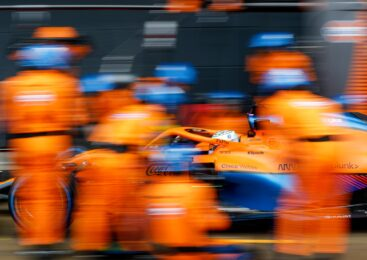 Ricciardo in McLaren v boju za naslov 2022