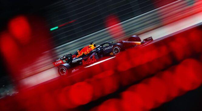 F1, VN Bahrajna FP3: Verstappen 0.7 sekunde pred Hamiltonom