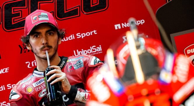 MotoGP FP2: FRANCESCO BAGNAIA pred Quartararojem