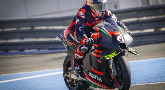 Vredno ogleda: ANDREA DOVIZIOSO v Jerezu odpeljal prve kroge z APRILIO