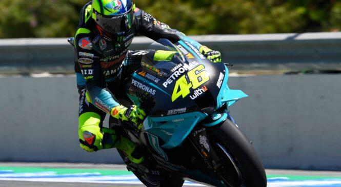 Rossi po težki dirki upa na rešitve na testiranjih