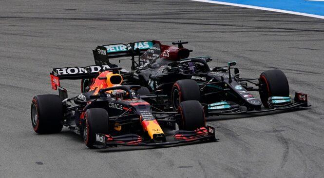 Hamilton pohvalil Mercedesovo taktično igro