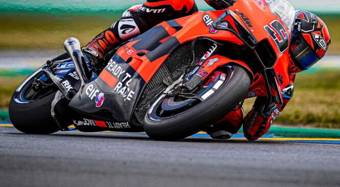 Petrucci najhitrejši na ogrevanjih pred dirko, padec Marqueza