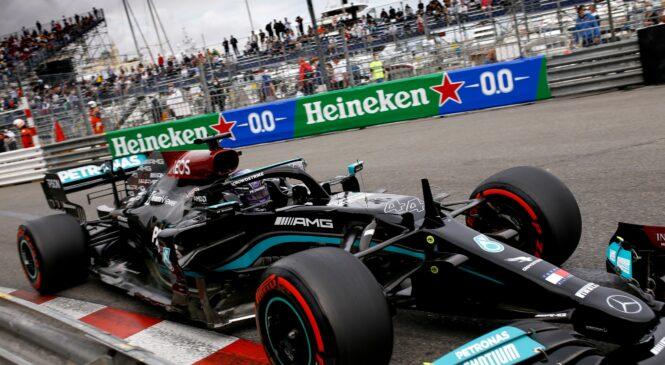 Hamilton Mercedesu napoveduje stroge pogovore za zaprtimi vrati