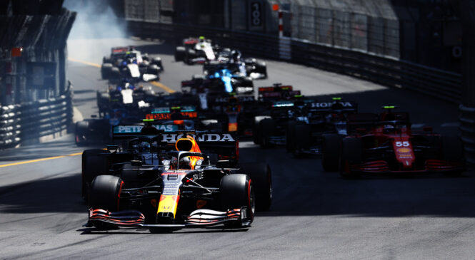 Verstappen zmagovalec dirke v Monaku, Hamilton šele 7.