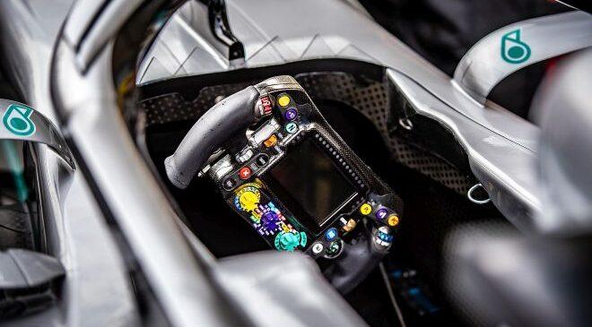 Mercedes želi Hamiltonu dati dirkalnik, v katerem bo težko narediti napako