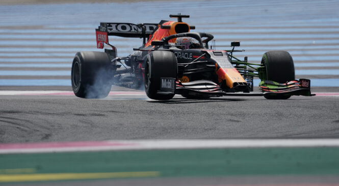 F1: Verstappen na FP2 tesno pred Bottasom in Hamiltonom