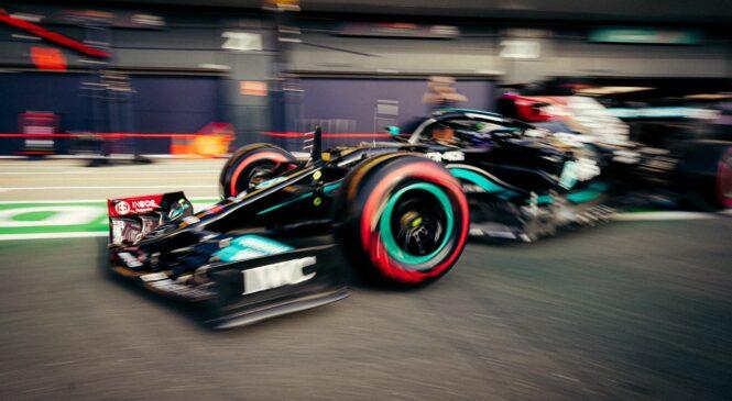 F1: Hamilton na kvalifikacijah za sprint dirko ugnal Verstappna