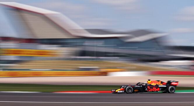 F1, Silverstone: Verstappen pred kvalifikacijami tričetrt sekunde pred Hamiltonom
