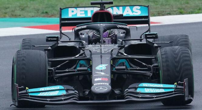 Pirelli dvomi, da bi Hamiltonu uspelo do cilja brez postanka